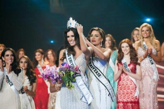 miss-universe-2014-miss-colombia-paulina-vega-01